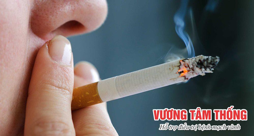 Hút thuốc lá là một yếu tố nguy cơ chính gây nên bệnh mạch vành